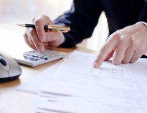 asesoría para montar empresa en Valencia - bolígrafo
