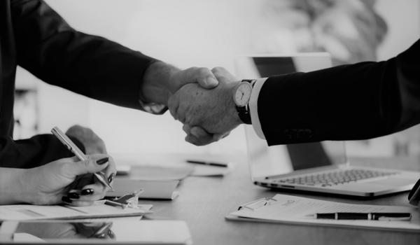 asesoría para montar empresa en Valencia - primeros clientes